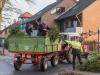 Weihnachtsbaum-Abholaktion vom Bulldog-Treckerclub